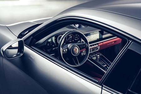 Porsche 911 Turbo S 2021 12g