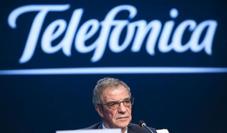 Telefónica se alia con Facebook, RIM, Google y Microsoft para que sus clientes paguen sus compras en la factura