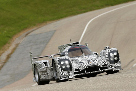 Primeras pruebas del Porsche LMP1 que competirá en Le Mans