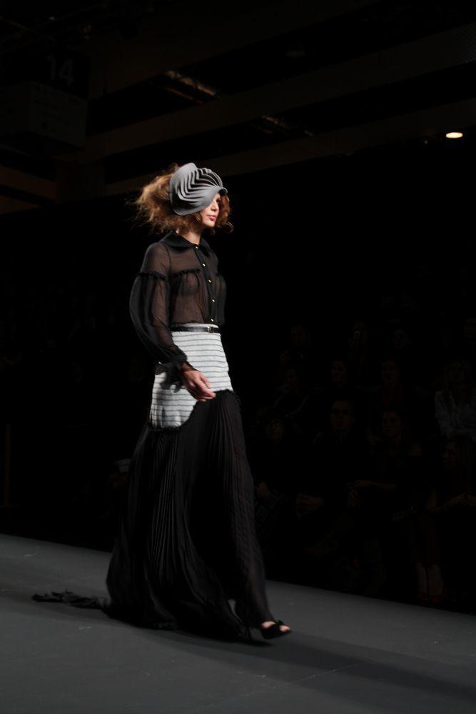 Foto de Alma Aguilar en la Cibeles Madrid Fashion Week Otoño-Invierno 2011/2012 (62/126)