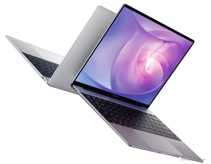 El Huawei Matebook 13 no oculta la webcam, y es una versión compacta del MateBook X Pro