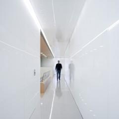Foto 5 de 15 de la galería una-clinica-dental-aseptica-y-futurista en Decoesfera