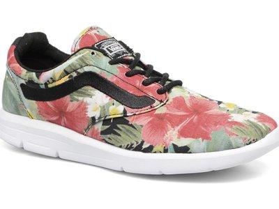 50% de descuento en las zapatillas Vans Iso 1.5 + aloha. Pasan de 89,99 euros a sólo 45