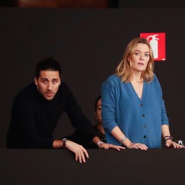 Marta Ortega nos enseña que el cárdigan con botones puede ser la nueva versión cool del jersey de punto de toda la vida
