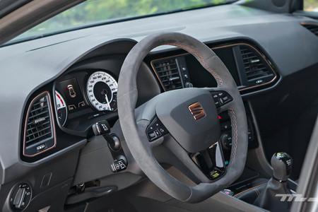 Seat Leon Cupra R volante