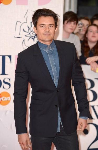 Los hombres sacan su lado más atrevido y fashionista en la entrega de los Brit Awards 2015