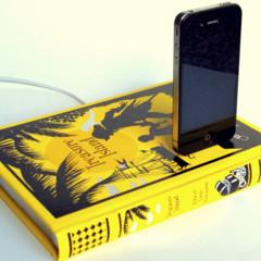 Foto 2 de 7 de la galería recarga-tu-iphone-sobre-buena-literatura en Decoesfera