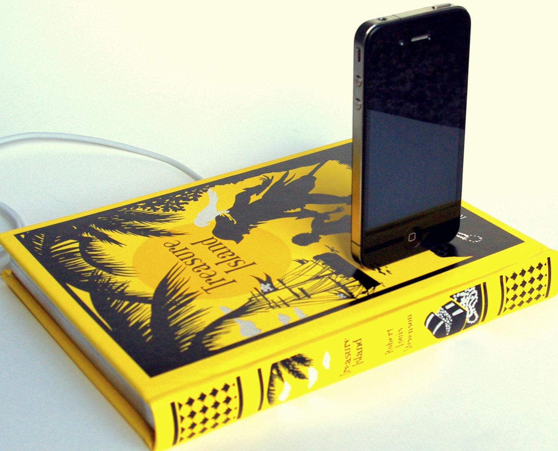 Foto de Recarga tu iPhone sobre buena literatura (2/7)
