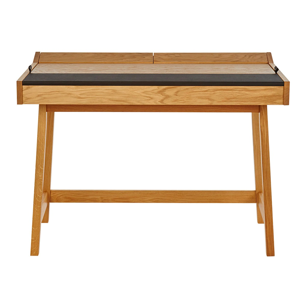 Escritorio de madera de estilo nórdico