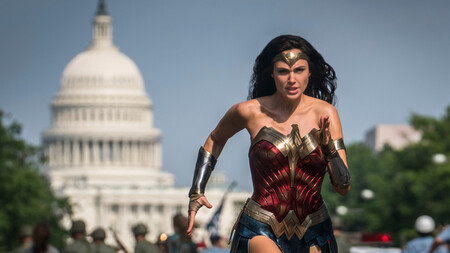 Warner sigue ensayando nuevas opciones de exhibición: 'Wonder Woman 1984' llega a la vez a cines y HBO Max sin subida de precio