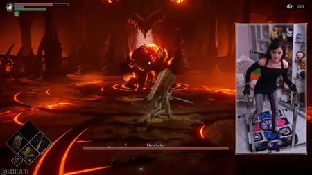 Podrás pasarte Demon's Souls de PS5 y presumir ante tus amigos, pero nunca lo harás al ritmo de esta chica utilizando su plataforma de baile