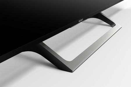 Sony Serie XE70