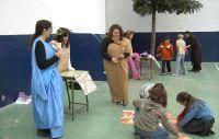 Los niños aprenden a través de los juegos historia romana