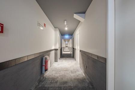 Ao Hamburg City Hallway 2mb 12
