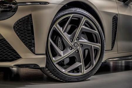 Primer Bentley Bacalar Fabricado 3