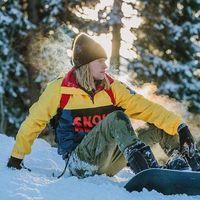Polo Ralph Lauren actualiza su colección de snowboard 25 años después con un gran colorido