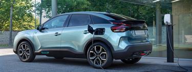 El nuevo Citroën C4 apenas tiene rivales directos, y eso que compite contra decenas de alternativas, tanto SUV como eléctricos
