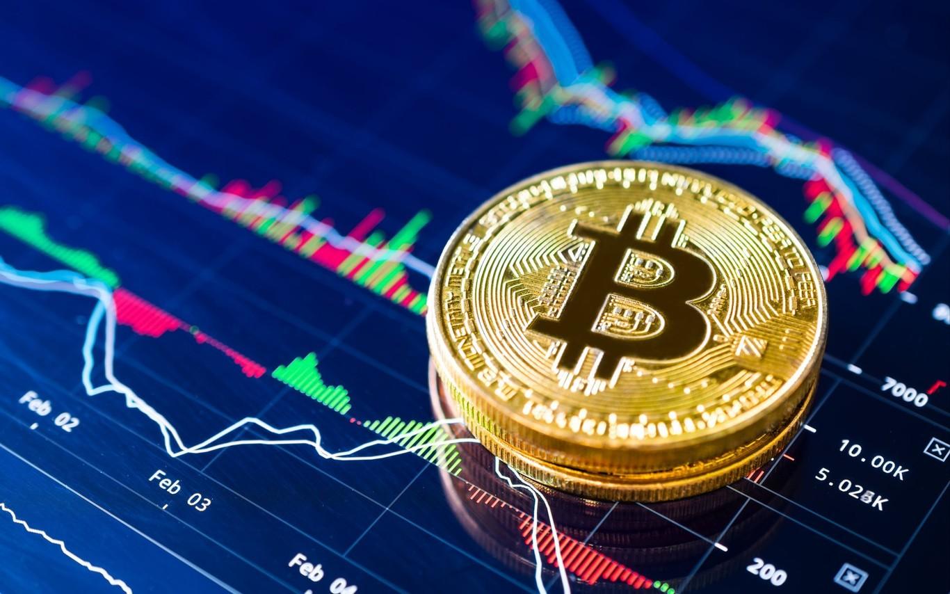 Bitcoin supera de largo los 10.000 dólares y puede que Libra, la criptomoneda de Facebook, haya tenido la culpa