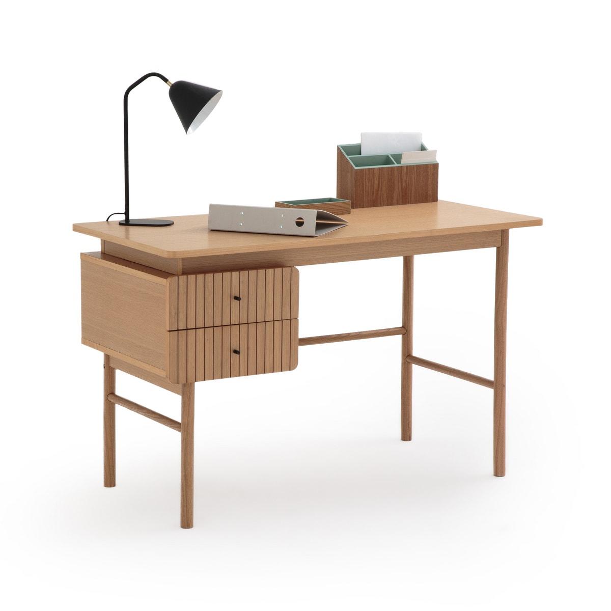 Mesa de escritorio estilo escandinavo