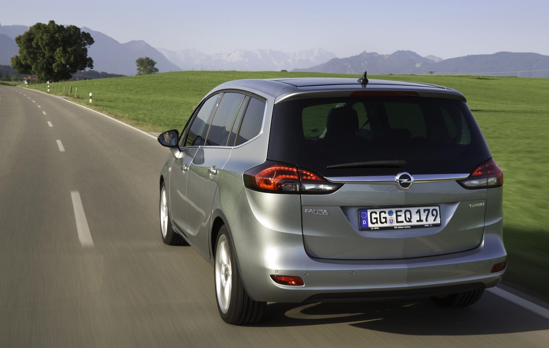 Foto de Opel Zafira Tourer (19/23)