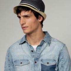 Foto 5 de 8 de la galería quieres-un-sombrero-en-bershka-los-tienes-de-todos-los-estilos en Trendencias Hombre