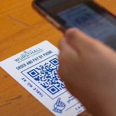 Los códigos QR y sus riesgos para la privacidad: cuando hasta escanear un simple menú puede facilitar que nos rastreen