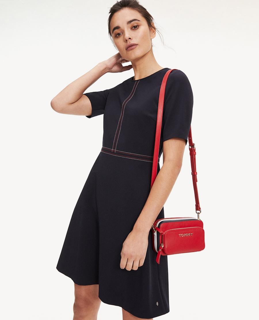 Vestido de mujer mini con marga corta