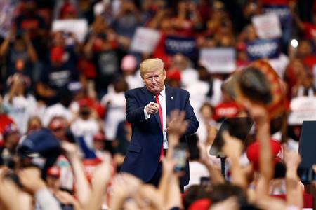 """Pese al """"impeachment"""", la abrumadora mayoría de votantes republicanos sigue apoyando a Trump"""