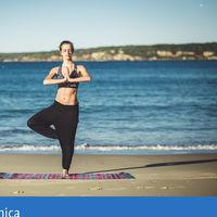 #RetoVitónica: siete posturas de Yoga para practicar en la playa este verano