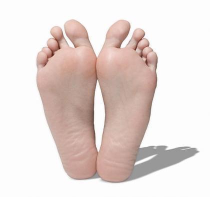 Cómo eliminar el mal olor de los pies