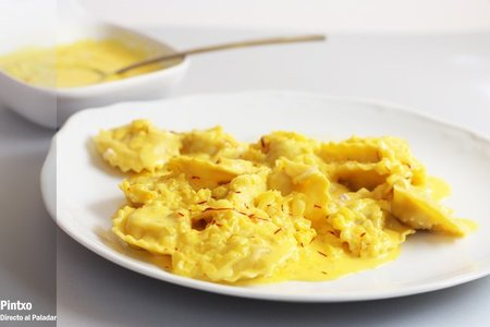 Receta de raviolis con crema de azafrán