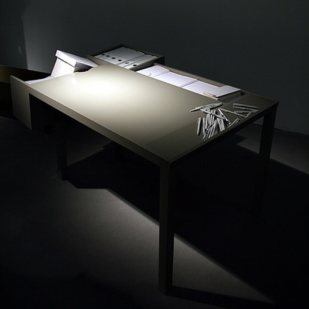 Clark, una mesa que te ayuda a organizar tu trabajo diario