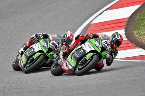 Superbikes San Marino 2015: Tom Sykes y Jules Cluzel mandan en Misano