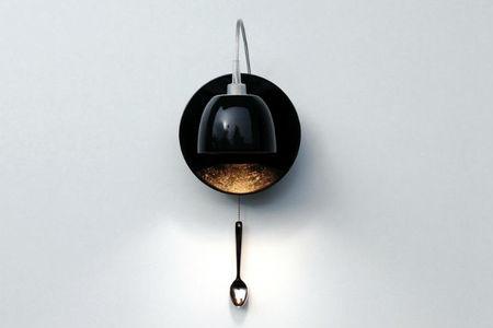 Light au Lait, lámparas hechas con pocillos de café