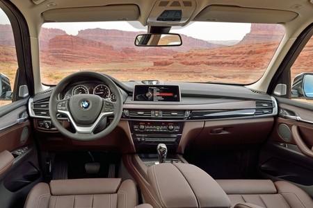 BMW X5 2013, vista interior