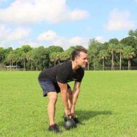 Los 7 ejercicios con kettlebells que no pueden faltar en tu entrenamiento