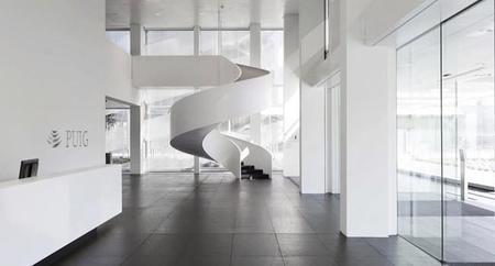 Espacios para trabajar: la nueva sede de la empresa de moda y fragancia PUIG