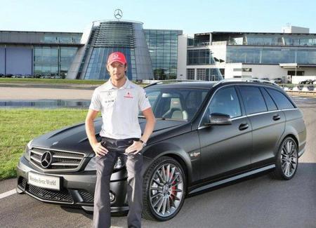 Jenson Button estrena un impresionante Mercedes Clase C DR 520 Estate