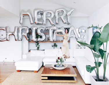 Estos son los looks que han elegido las influencer más famosas para felicitar la Navidad