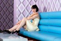 ¿Cómo sujetar las fundas del sofá?