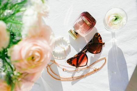 Perfumes de marcas de lujo que podemos comprar con hasta un 45% en las rebajas de Druni: Dolce & Gabbana, Valentino, Loewe y más