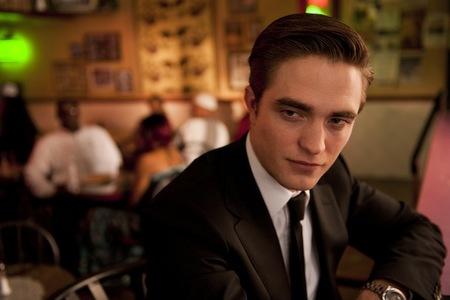 Si los cantantes se fiaran más de Robert Pattinson, el mundo sería un lugar mucho más feliz