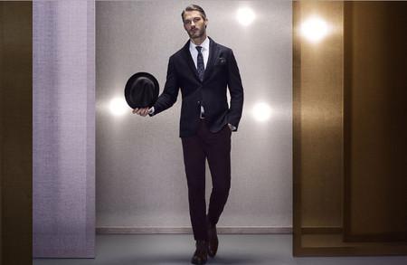 Massimo dutti lookbook noviembre pantalon burgundy