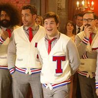 'Dando la nota' será serie: Adam Devine protagonizará un spin-off televisivo de la comedia musical