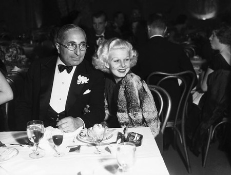 Louis B Mayer y Jean Harlow