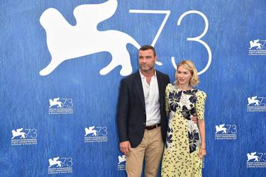 Naomi Watts ya está en el Festival de Venecia para presentar 'The Bleeder'