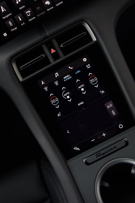 Porsche Taycan pantalla central
