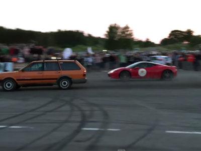 ¿Cómo puede un VW Passat pasarse por la piedra a todo un Ferrari 458 Italia? Pues así (vídeo)