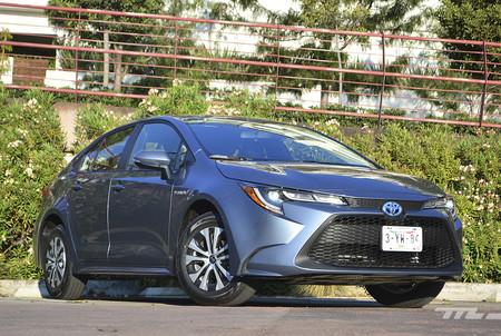 Toyota Corolla Hybrid 2020 8