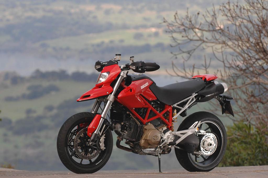 Foto de Ducati Hypermotard (1/27)